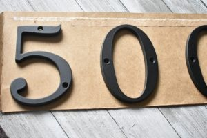 Lining Up House Numbers to Hang Quickly - Mommy Standard Time